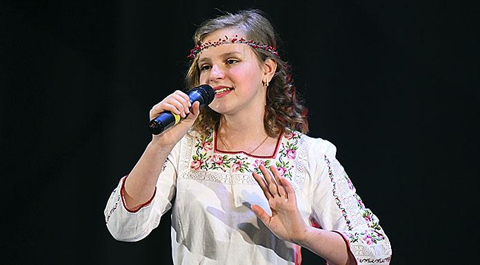 Анна Олійник